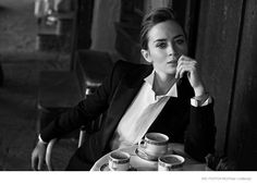 Cate Blanchett, Emily Blunt + Zhou Xun Star in IWC Portofino Ads by Peter Lindbergh - Androgynous wedding Peter Lindbergh, Emily Blunt, Poses, Cate Blanchett, Mode Inspiration, Style Blog, Black And White Photography, Suits For Women, Persona