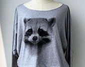 The Cute Pullover Sweater Raccoons  Animal Print Bat Style Half Body In Grey.