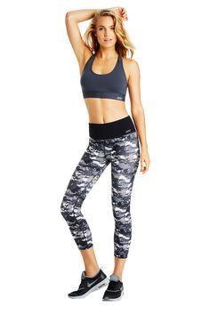 <3 those leggings! Perfect for ariel gym