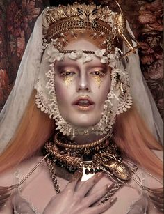 Sculptural violet and gold creates a painterly doll effect. Shön Magazine Photo: Alvaro Villarrubia Stylists: Mario Ville (Kattaca) Make up & Hairdresser: Rocio Cuenca Model: Didi Assistant: Antonio Velasco