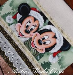 Stencil, Disney, Instagram, Christmas Projects, Dish Towels, Diapers, Embellishments, Tejidos, Mickey Mouse Christmas