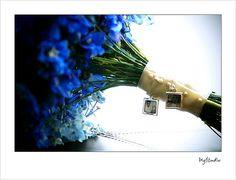 Memorial in bouquet