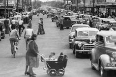 Christchurch's beachside suburb of New Brighton on Christmas Day 1955. The place was buzzing with shoppers. In those days, New Brighton was the only area in Christchurch which offered shopping on Saturdays - Christmas 1955 was a Saturday.