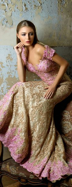 Hanna Toumajean couture FW V Beautiful Gowns, Beautiful Outfits, Beautiful Life, Couture Fashion, Runway Fashion, Fashion Beauty, Glamour, Lela Rose, Evening Dresses