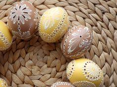 Pansies, Daffodils, Easter Bunny, Easter Eggs, Carved Eggs, Egg Art, Egg Shells, Dremel, Spring Flowers