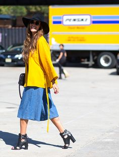 nyfw-street-style-yellow-blouse-denim-skirt-heels