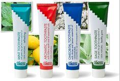 Naturalne pasty do zębów na bazie zielonej glinki. Produkty naturalne i ekologiczne. Posiadają certyfikat BDIH i ICEA.