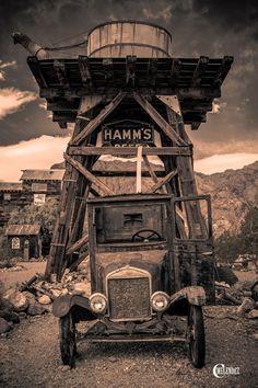 Ghost truck by Carlos Melendez, via 500px