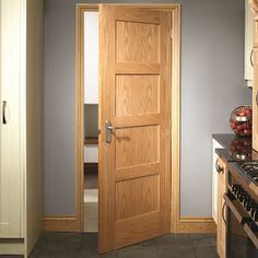 Get the Contemporary Oak Shaker Door 4 Panel today. Ken's Yard offer a great range of Interior Oak Doors and a wider range of Internal Doors. 4 Panel Shaker Doors, 4 Panel Doors, Oak Fire Doors, Oak Doors, Furniture Handles, Door Furniture, Contemporary Interior Doors, Interior Modern, Wooden Door Design