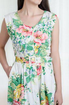 [GARDEN DRESS]  1980s floral summer dress
