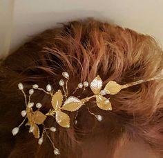 Gold #Wedding Headband,  Freshwater Pearl Headband,  Gold #Bridal #Hairpiece, Bridal Headband,  Wedding Hair Piece, tiara, wreath  Elegant and whimsical wedding headband in go... #wedding #bride #bridal #garter #hairpiece #weddings #ido #bridalcomb #veilcomb #crystalcomb ➡️ http://jto.li/pR9ch