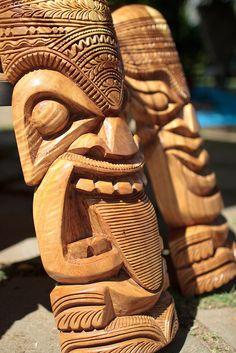 Hand-carved tikis...Being a child of the 60's, I have a unwavering fondness for Tiki.  Terrible isn't it :).