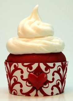 Victorian Red Velvet Valentine's Day Cupcake | Flickr - Photo Sharing!