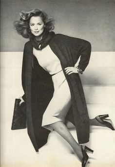 US Vogue September 1974 The Look of the Year...It Starts With a Coat! Photo Richard Avedon Model Lauren Hutton
