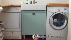 Reformar la galeria con pintura - **El Taller de lo Antiguo Washing Machine, Home Appliances, Home Decoration, Home, Closets, Atelier, Candy, Tiles, Recycling