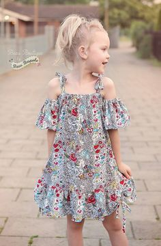 Girl'S summer love top & dress pattern - ellie and mac, digital (pdf) Little Girl Dress Patterns, Summer Dress Patterns, Dress Sewing Patterns, Pattern Dress, Toddler Dress, Baby Dress, The Dress, Toddler Girls, Baby Girl Fashion
