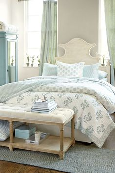 Cool 70 Modern Coastal Bedroom Decorating Ideas https://wholiving.com/70-modern-coastal-bedroom-decorating-ideas