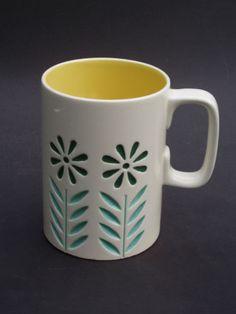 Vintage-Hornsea-Pottery-John-Clappison-Large-Springtime-Mug-1964-65-retro-1960s
