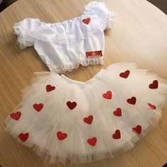 Cj junino noivinha caipira being able to work in other colors at the discretion of the client . Teenage Halloween Costumes, Halloween 20, Cute Costumes, Halloween Outfits, Cosplay Costumes, Baby Girl Dresses, Baby Dress, Fantasias Halloween, Halloween Disfraces