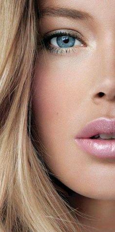 5 Tips For Flawless Retro Makeup: Tip Flawless Skin, Model; Beauty Make-up, Beauty Hacks, Hair Beauty, Natural Beauty, Beauty Tips, Beauty Products, Natural Face, Beauty Trends, Beauty Shoot