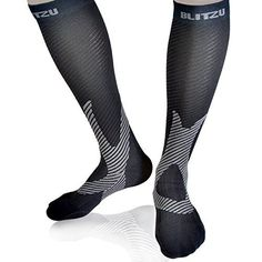 26834f17b1b2ab BLITZU Compression Socks 20-30mmHg for Men & Women BEST Recovery  Performance Stockings for