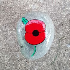 Taff Rocks, a rocks painting group based in South Wales, UK, but spreading all over the world. Tutorials and news included Pebble Painting, Pebble Art, Stone Painting, Rock Painting, Hand Painted Rocks, Painted Stones, Remembrance Day Poppy, Poppy Craft, Anzac Day