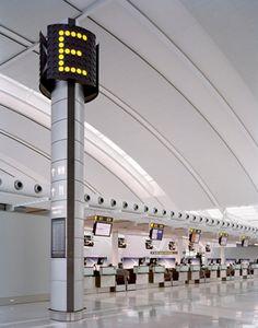 airport_pearson_sinalizar01