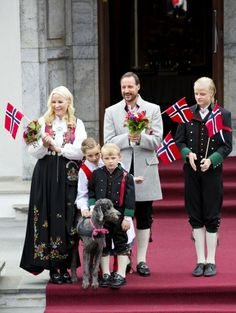 MYROYALS  FASHİON - Crown Prince Haakon,Crown Princess Mette Marit and their children celebrate the national day at  their residence in Skaugum.