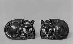 Cat, Qing dynasty (1644–1911), Kangxi period (1662–1722). China. The Metropolitan Museum of Art, New York. The Friedsam Collection, Bequest of Michael Friedsam, 1931 (32.100.423) #cats
