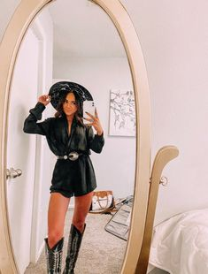 Cowgirl Style Outfits, Western Outfits Women, Cowgirl Outfits, Country Concert Outfits, Fall Country Outfits, Dance Outfits, Cute Outfits, Western Wear, Western Chic