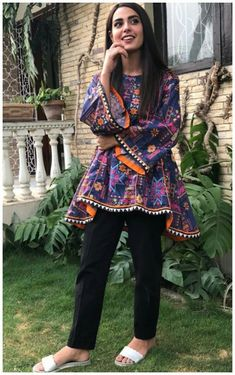 Best 12 Iqra Aziz is Looking Awesome. Pakistani Frocks, Pakistani Formal Dresses, Pakistani Fashion Casual, Pakistani Dress Design, Pakistani Outfits, Indian Outfits, Indian Fashion, Pakistani Actress, Stylish Dresses For Girls