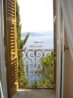 ....a gorgeous view.... #www.frenchriviera.com