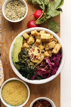 This Tofu Kale Breakfast Bowl has everything you need - protein, healthy fats, and the best superfoods to energize you and keep you going all day long.