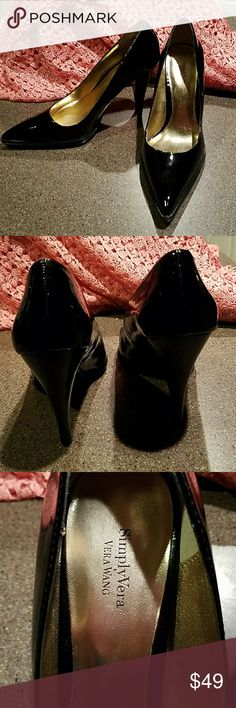 Simply vera black patent leather shoes NEW,black patent leather shoes, perfect for any dress up outfit Vera Wang Shoes Heels