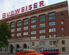 Anheuser Busch Budweiser Tour, St. Louis, Missouri  Every alcoholics dream, free beer samples. Too bad I'm not a beer drinker.
