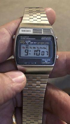 Seiko, Windows 10 Desktop Backgrounds, Cool Watches, Watches For Men, Lcd, Digital Watch, Casio Watch, Clocks, Men's Fashion