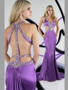 Sexy Dresses Inspiration To Expose Glamor While Wearing