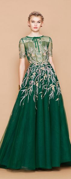 Georges Hobeika Fall-winter 2017-2018 - Ready-to-Wear - http://www.orientpalms.com/Georges-Hobeika-6720