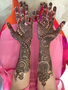 Beautiful and elegant mehndi designs New Mehndi Designs Images, Pretty Henna Designs, Mehandhi Designs, Bridal Henna Designs, Beautiful Mehndi Design, Mehndi Designs For Hands, Mehndi Images, Mehndi Desing, Hena Designs