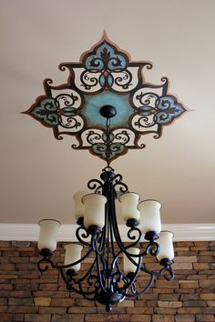 Fab ceiling medallion by Ali Kay of Positive Space. (w/o the chandelier) Ceiling Art, Ceiling Design, Ceiling Lights, Ceiling Painting, Ceiling Ideas, Mural Painting, Deco Luminaire, Deco Originale, Wall Decor