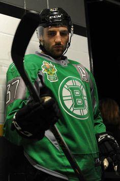 Love the St. Patrick's Day jerseys! Bruins vs. Wild - 03/17/2014 - Boston Bruins - Photo Galleries