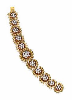 9246 VCA Gold a diamantový náramek flowerhead