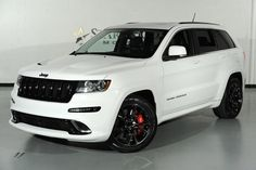 PICS 2018 Jeep Grand Cherokee SRT Trackhawk  New Spy Photos