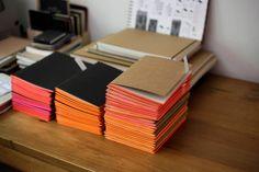 Freunde von Freunden — Cuadernos MONO de Mercedes Hernáez  - Imagen via freundevonfreunden - Mercedes Hernáez & Alejandro Sticotti — Graphic Designer & Architect, House & Studio, Olivos & Palermo, Buenos Aires —