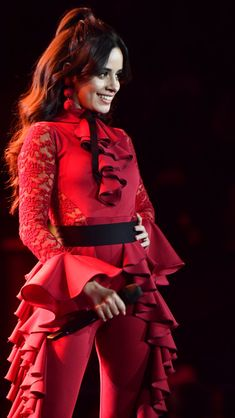 Camila Cabello 2017 #camila #wallpaper #instagood #camilacabello #guess Fifth Harmony, Cabello Hair, Camila And Lauren, Stage Outfits, Celebs, Celebrities, Hollywood Actresses, My Girl, Marie