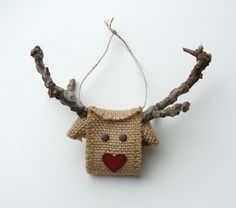 Reindeer made from Burlap Ribbon ♥ Et aller sur son blog, elle a plein d'idées SU