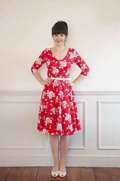 Looking for a Sew Over It dressmaking pattern to sew? Check out this Sew Over It Betty dress add on pattern and read reviews of this sewing pattern here!