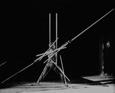 Stick dance, 1928 Developed from the previous sketches, the 'stick dance' saw a performer turned into a shifting grid of geometric lines