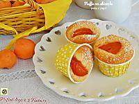 Muffin con albicocche panna e yogurt soffici senza uova