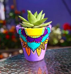 Clay Pot Crafts, Dyi Crafts, Diy Clay, Painted Plant Pots, Painted Flower Pots, Pots D'argile, Clay Pots, Flower Pot Art, Clay Pot People